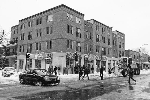 Rue Beaubien snow remova after a big snow storm